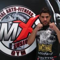 Peterson Chacal [Professor de Kick Boxing e Muay Thai]